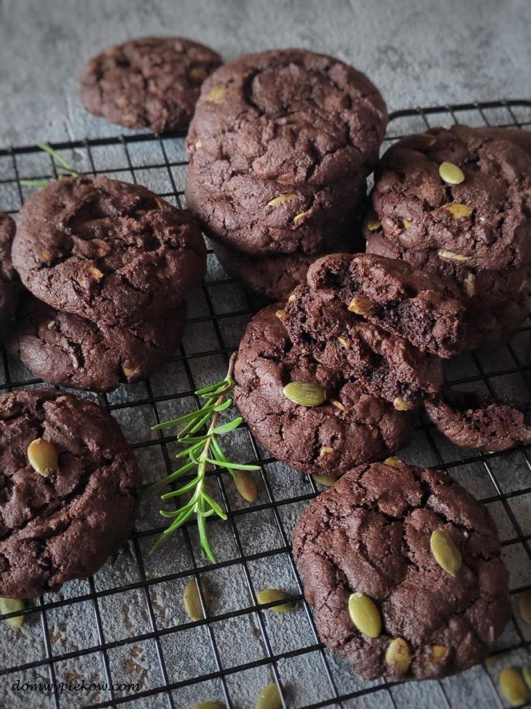 Ciasteczka czekoladowe z pestkami dyni