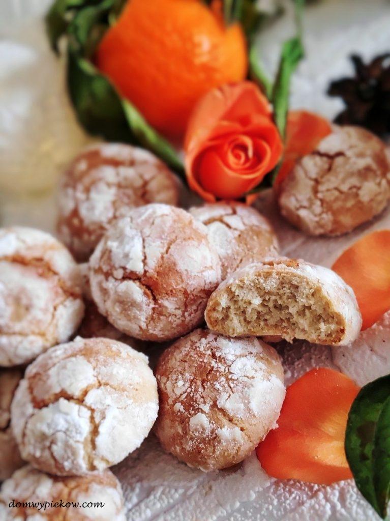 Ciasteczka pomarańczowo-migdałowe