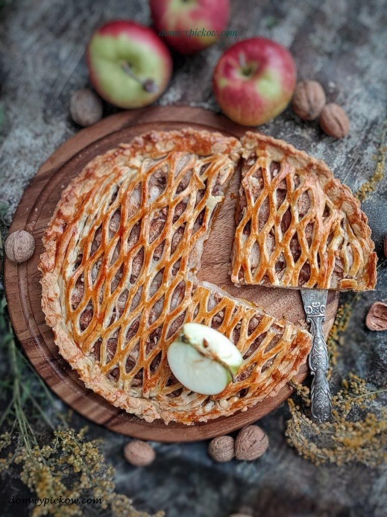 Tarta jabłkowo-dyniowa z orzechami